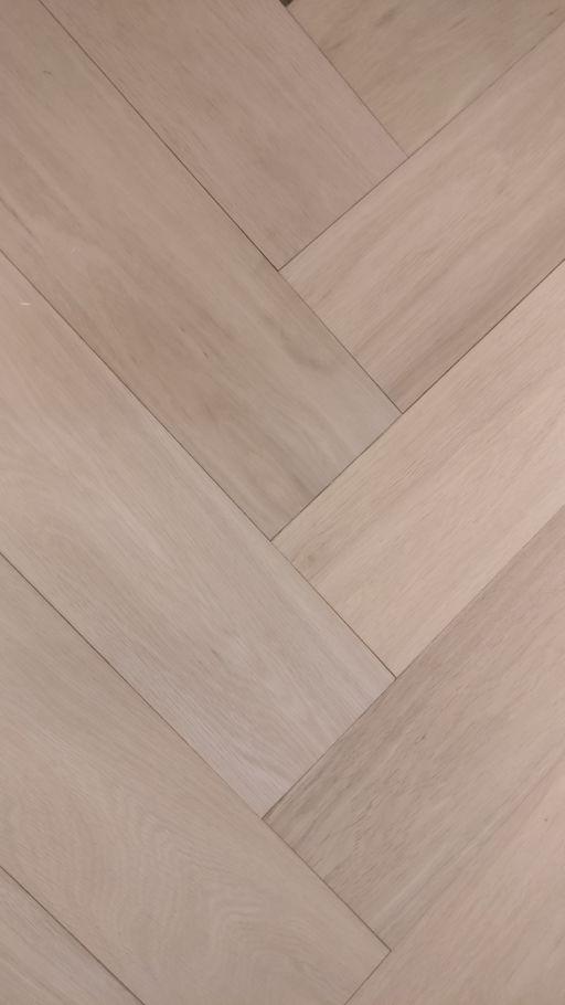 Tradition Engineered Oak Parquet Flooring, Herringbone, Prime, Unfinished, 150x14x600 mm Image 2