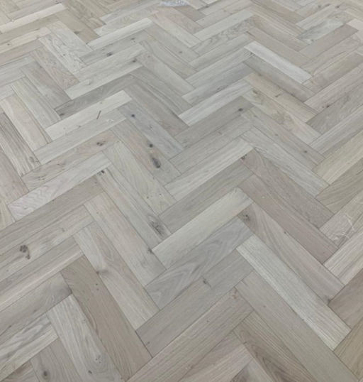Tradition Engineered Oak Parquet Flooring, Natural, Unfinished, 90x18x400 mm Image 2