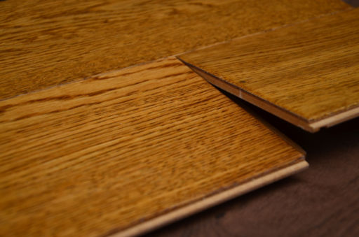 Tradition Golden Oak Engineered Flooring, Rustic, Handscraped Lacquered, 127x10x1200x mm Image 1
