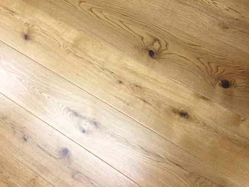 Tradition Oak Engineered Flooring, Rustic, UV Lacquered, 190x14x1900 mm Image 3