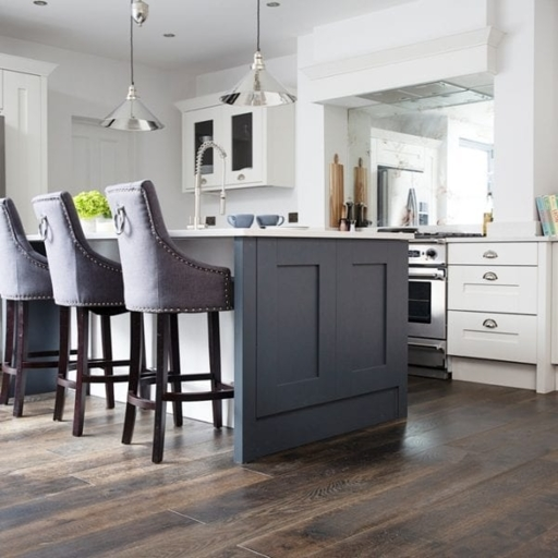 V4 Foundry Steel Engineered Oak Flooring, Rustic, Hand finished, Brushed & UV Oiled, 190x15x1900 mm Image 3