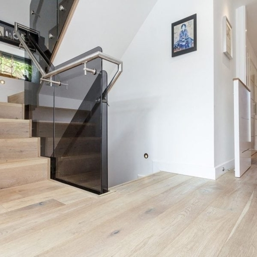V4 Limehouse White Engineered Oak Flooring, Rustic, Hand finished, Brushed & UV Hardwax Oiled, 190x15x1900 mm Image 1
