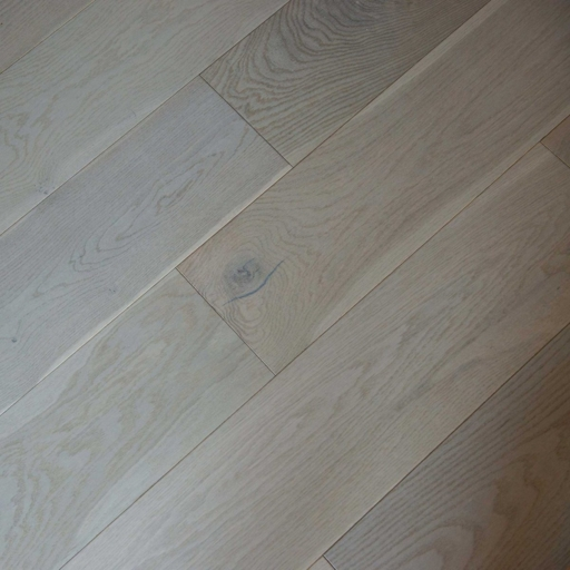 V4 Vittoria Engineered Grey Stained Oak Flooring, Rustic, UV Oiled, 190x14xRL mm Image 1