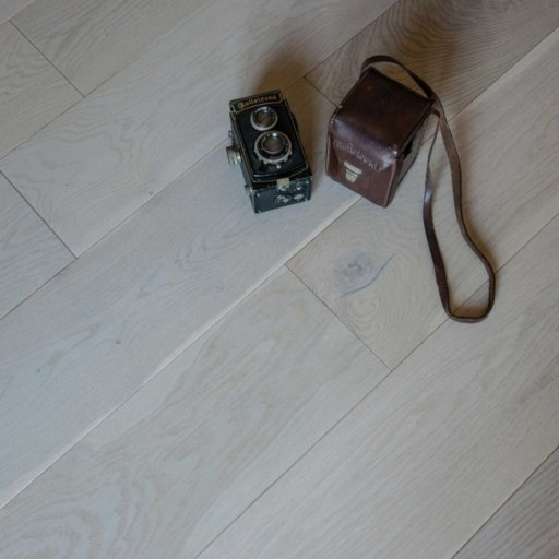 V4 Vittoria Engineered Grey Stained Oak Flooring, Rustic, UV Oiled, 190x14xRL mm Image 2