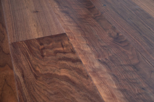 Tradition Engineered Walnut Flooring, Rustic, Lacquered, 190x4x20 mm Image 2