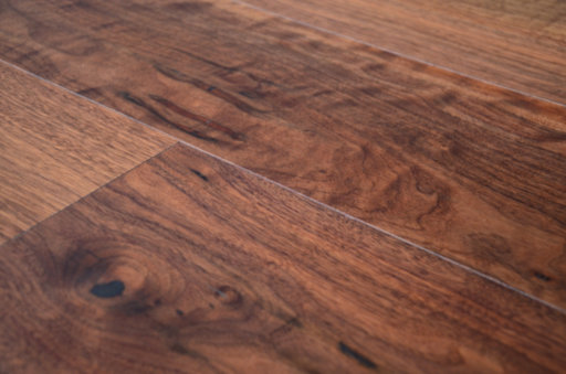 Tradition Engineered Walnut Flooring, Rustic, Lacquered, 190x4x20 mm Image 4