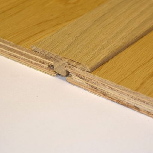 Unfinished Solid Oak T-Shaped Threshold, 15mm, 2.7 m Image 2