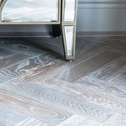 V4 Silver Haze Engineered Oak Parquet Flooring, Rustic, Stained, Brushed & Hardwax Oiled, 90x15x360 mm Image 5