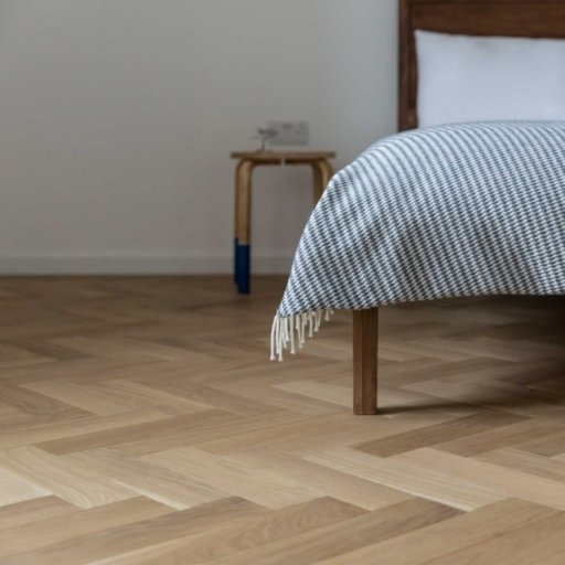 V4 Natural Engineered Oak Parquet Flooring, Rustic, Smooth Sanded & Hardwax Oiled, 90x15x360 mm Image 4