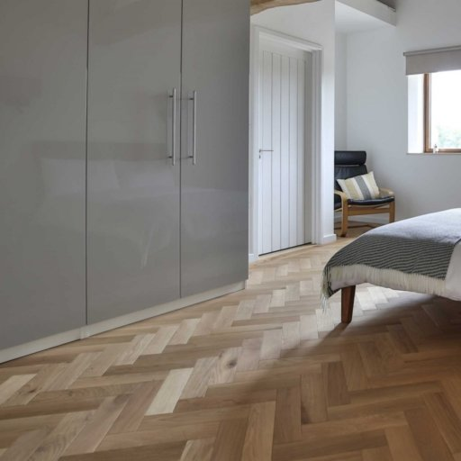 V4 Natural Engineered Oak Parquet Flooring, Rustic, Smooth Sanded & Hardwax Oiled, 90x15x360 mm Image 5