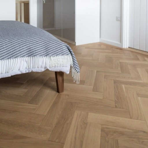 V4 Natural Engineered Oak Parquet Flooring, Rustic, Smooth Sanded & Hardwax Oiled, 90x15x360 mm Image 6