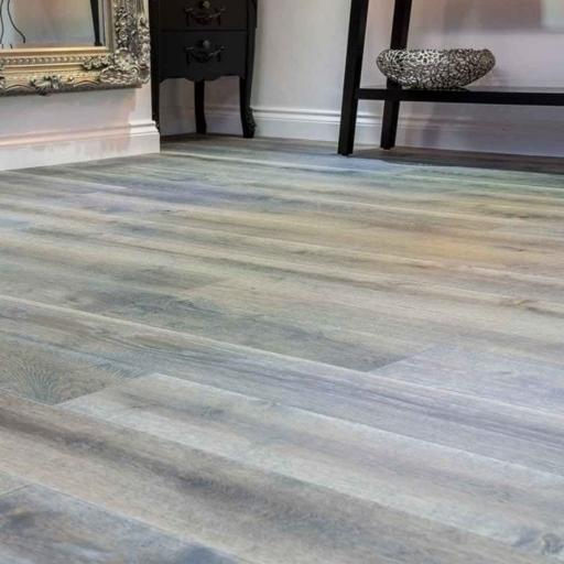 V4 Wharf Grey Engineered Oak Flooring, Rustic, Hand finished, Brushed & UV Oiled, 190x15x1900 mm Image 3