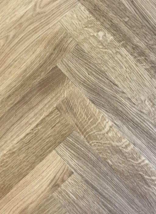 Tradition Classics Herringbone Engineered Oak Flooring, Rustic, Oiled, 70x11x350 mm