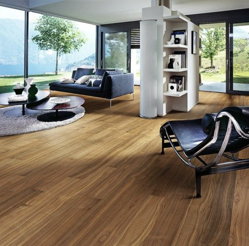 Kahrs Statue Walnut Engineered Wood Flooring, Lacquered, 150x0.5x7 mm