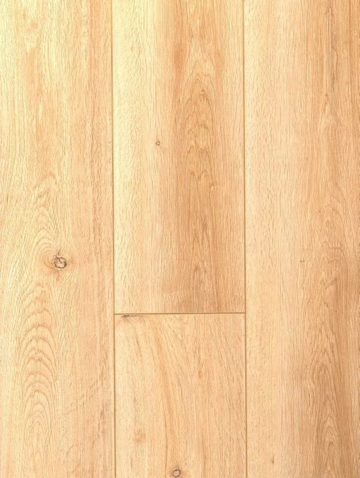 Canadia Prestige Montana Oak Wood Grain 4V Laminate Flooring, 12.3 mm