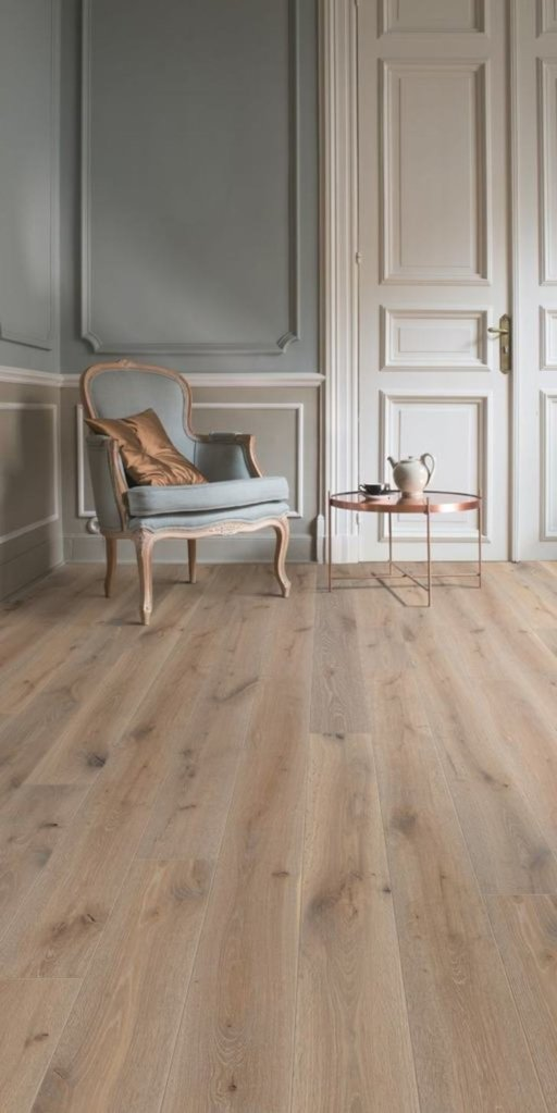 Balterio Grande Narrow Skyline Oak Laminate Flooring, 9 mm