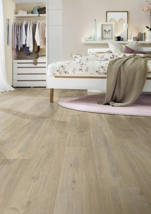 Canadia Prestige Bermuda Oak 4V Laminate Flooring, 12 mm