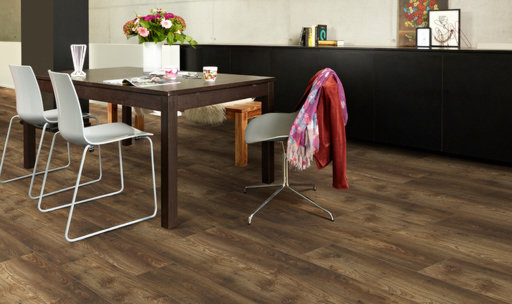Balterio Quattro Vintage Gunsmoke Chestnut Laminate Flooring, 8 mm
