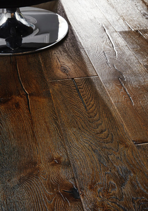 Chene Antique Black Distressed Oak Engineered Flooring, 220x4x15 mm