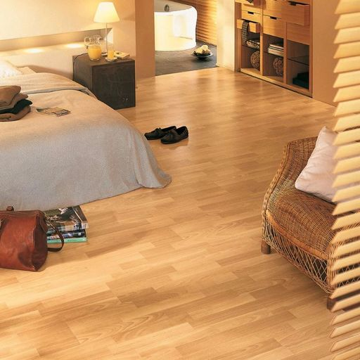 QuickStep CLASSIC Enhanced Beech 3-Stripped Laminate Flooring, 8 mm