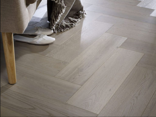 Chene Grey Oak Engineered Flooring, Brushed, UV Lacquered, 190x3x14 mm