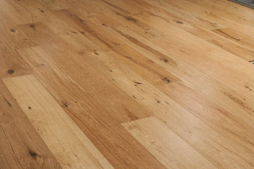 Xylo Oak Engineered Flooring, Rustic, UV Lacquered 190x3x14 mm