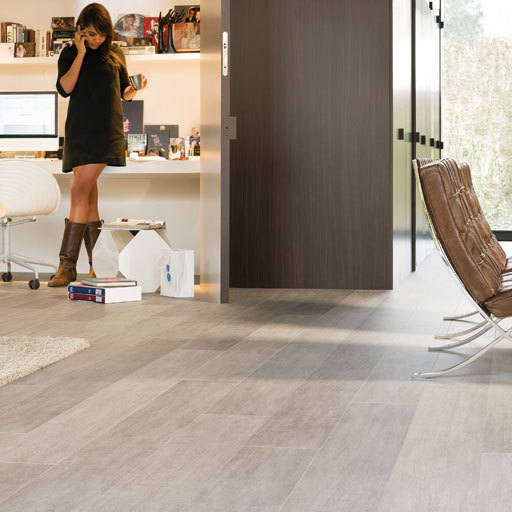 QuickStep LARGO Authentic Oak 4v  Laminate Flooring 9.5 mm