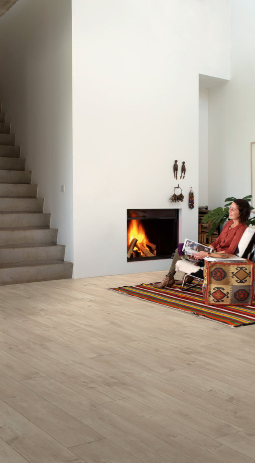 QuickStep LARGO Dominicano Oak Natural 4v Planks Laminate Flooring 9.5 mm