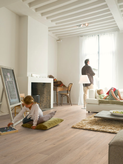 QuickStep LARGO Long Island Oak Natural Planks Laminate Flooring 9.5 mm