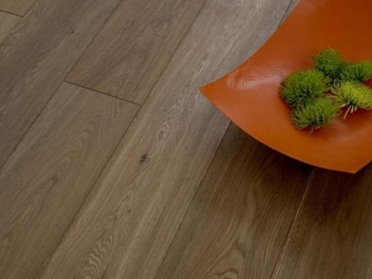 Kersaint Cobb Traditions Oak Smoked Engineered Flooring, Rustic, Brushed, UV Oiled, 189x6x20 mm