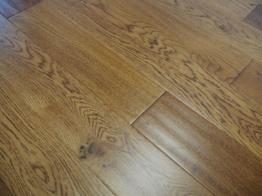 Tradition Engineered Golden Oak Flooring, Handscraped, Rustic, Lacquered, 125x5x18 mm