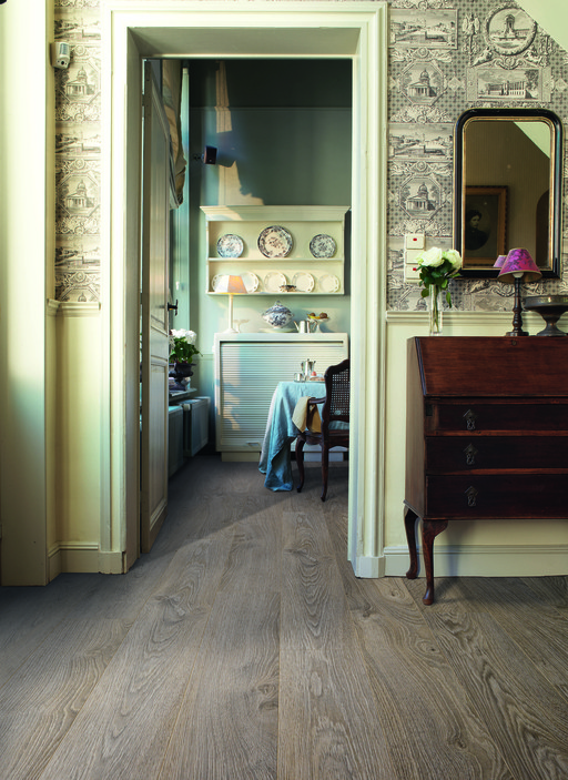 QuickStep ELITE Old Oak Light Grey Planks Laminate Flooring 8 mm