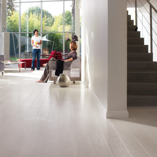 QuickStep PERSPECTIVE Wenge Passionata 4v-groove Laminate Flooring 9.5 mm