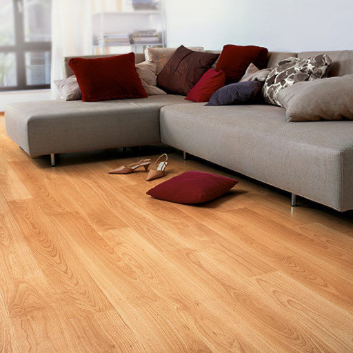 QuickStep PERSPECTIVE Varnished Beech Planks 4v-groove Laminate Flooring 9.5 mm