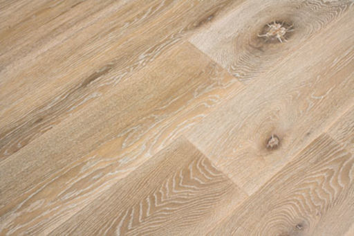 Xylo White Stained Engineered Oak Flooring, Rustic, Brushed & Smoked, UV Oiled, 14x3x190 mm